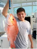 Trevor_Olds_shows_off_his_Red_Snapper_Catch_from_his_dad_s_private_reef_2009.jpg